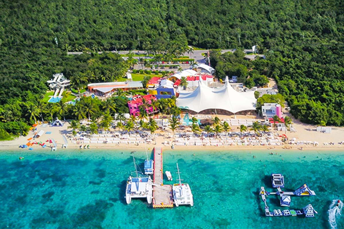 Playa Mia Beach Park